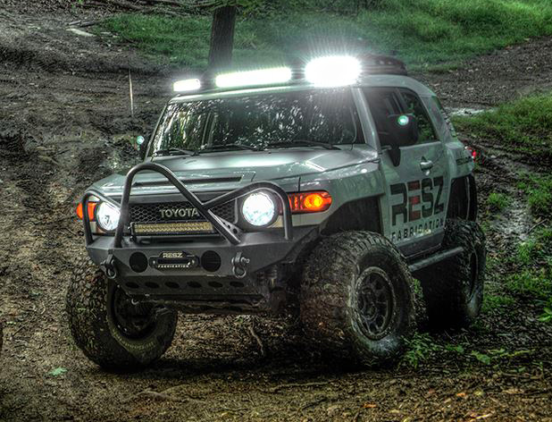 FJ Cruiser Low Profile 3pc Led Light Bar U2013 With Or Without Lights